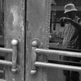 銀座 「ツボ」のドア